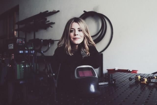 Frauen im Handwerk: Designerin Anna Sänger