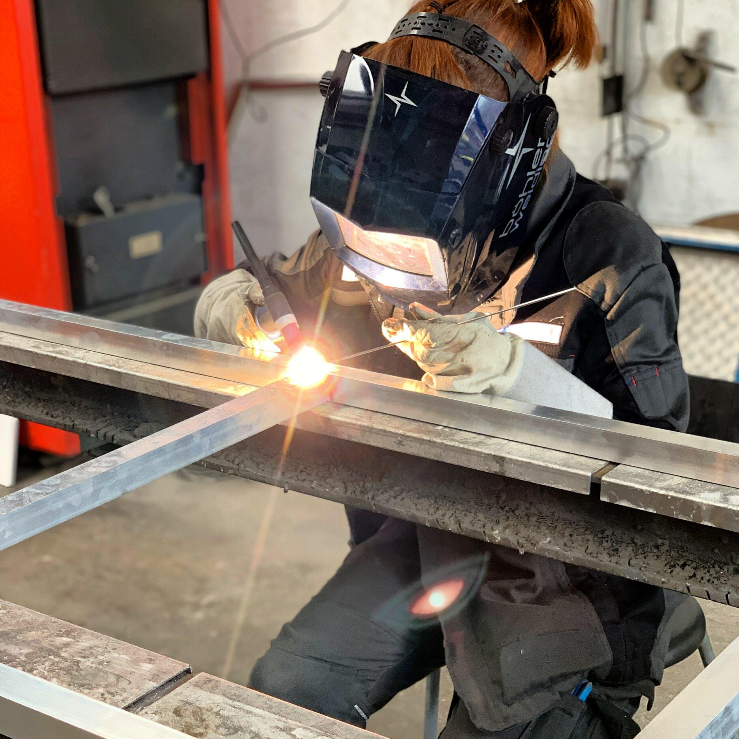 Frauen im Handwerk: Metallbauerin Karolin Röhring